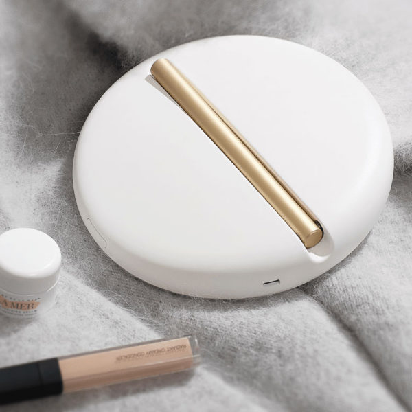 Compact Travel Illuminated Make Up Mirror, White (Cordless and Rechargeable)-33930